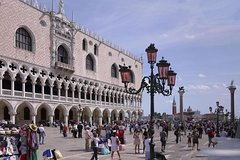 Doge's Palace Guided Visit and Secret Venice Walking Tour