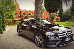 CAR HIRE WITH DRIVER Countryside of Tuscany, CHIANTI land to explore and taste.