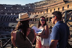 Best of Rome Walking Tour with Colosseum, Roman Forum and Monumental City S