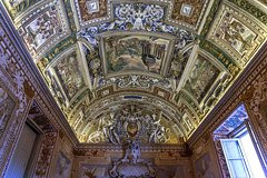 Skip the Line: Wheelchair Accessible Private Vatican Tour Including Sistine Chapel