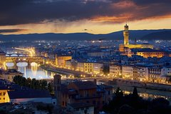 Tasty Evening Food Wine and Sightseeing Experience in Florence