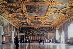 Morning Venice Walking Tour plus Doges Palace Guided Visit