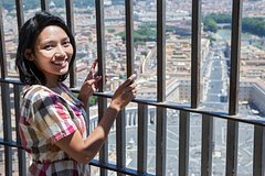 2 in 1 Entire Vatican Tour & St. Peter's Dome Climb