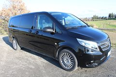 Private transfer Florence FLR Airport to Empoli by Luxury Van