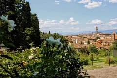 A Nose Around Florence. Sensory delights, roses and delicious food tasting