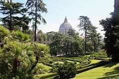 Private visit: Vatican gardens, Vatican Museums, Sistine Chapel and Basilic