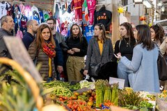 Private market tour and cooking class with lunch or dinner in Vietri sul Ma