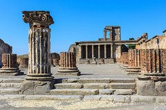 Half-day tour to Pompeii