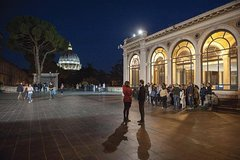 Vatican Museum and Sistine Chapel Private Tour BY NIGHT (Skip the line)
