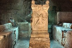 Private Underground Rome Tour with Catacombs: Discover the Invisible city by car