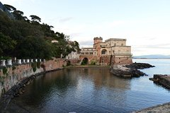 Private boat tour to the coast of Naples with 6 aperitif and bathroom stops