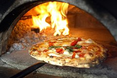 Making Class Pizza in Taormina & Shopping Day (One Day Tour)
