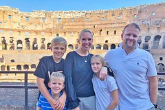Child-Friendly Colosseum Tour with Skip-the-line Fast Entrance & Roman
