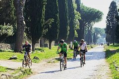 Appia Antica Tour in electric pedal assisted bicycle