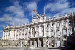 Imagen Madrid City Sightseeing and Skip the Line Royal Palace Guided Tour