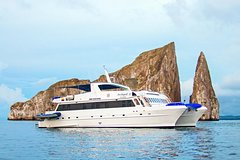 Imagen Galapagos Islands Cruise: 5-Day Cruise Aboard the 'Archipel II'