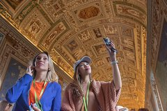 Vatican Museums, Sistine Chapel and St Peters Basilica Half-Day Walking Tour