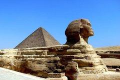 Ver la ciudad,City tours,Salir de la ciudad,Excursions,Tours con guía privado,Tours with private guide,Excursiones de un día,Full-day excursions,Especiales,Specials,Pirámides de Gizeh,Pyramids of Giza,Gran Esfinge,Great Sphinx,Excursión a Saqqara,Excursion to Saqqara
