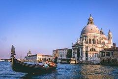 Private Venice Gondola Ride and Walking Tour
