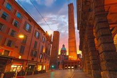 Bologna By Night Food & Wine Walking Tour