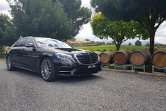 Private airport transfer to Melbourne city in luxury vehicles