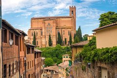 Art, Culture, Wine and Food of Tuscany from Rome: 12 hours private tour
