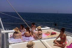 Imagen Málaga Swim Cruise with Lunch at the Port and Flamenco Show
