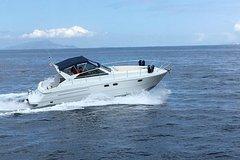 Exclusive Capri Private boat tour from Sorrento