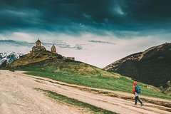 Kazbegi and Ananuri - All Inclusive Tour