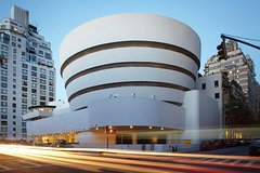 See 30 Top New York Sights (Walking Tour) & Visit The Guggenheim Art Museum