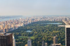 See 30 Top New York Sights (Walking Tour) & Visit The Top Of The Rock!