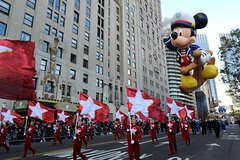 Macy's Thanksgiving Day Parade Viewing Brunch at Jam's at 1 Hotel Central Park