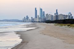 Luxury Brisbane Airport Transfers To and From Broadbeach for up to 11 ppl