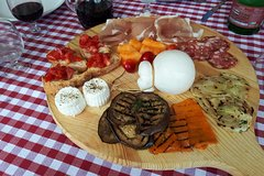 Enogastronomic day in a farm - tasting of local products