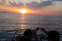 Private Sorrento Sunset Experience by private boat