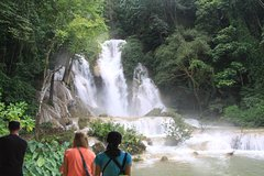 Private tour to Kuang Si Waterfalls including Lunch at nice falls