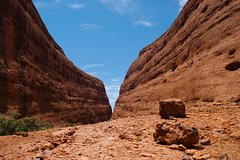 Salir de la ciudad,Salir de la ciudad,Excursiones de más de un día,Excursiones de más de un día,Excursión de 2 días por Uluru,Excursión a Ayers Rock,Excursión a Kata Tjuta