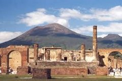 Tour Pompeii, Winery and Herculaneum