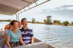 Imagen 2-Day Kakadu National Park Yellow Waters Cruise, Aboriginal Art Sites and Arnhem Land Tour from Darwin