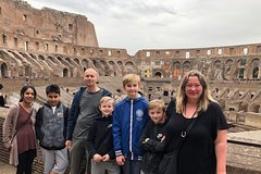 Skip-the-line Colosseum & Roman Forum Treasure Hunt for Kids with Famil