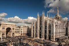 Milan in Half-Day: Duomo, Sforza Castle & Scala Opera House Self-Guided