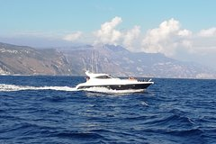 Cruise from Naples to Capri and Amalfi Coast - yacht 50