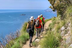 Discover the Path of the Gods private hiking tour from Amalfi Positano Sorr