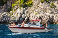 Capri day cruise from Sorrento with swim and stunning views