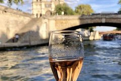 Imagen Champagne Tasting on a Seine River Cruise