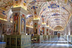 Private Tour Skip-the-line Vatican Museum and Sistine Chapel