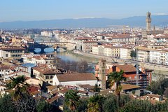 An Exclusive Morning: Piazzale Michelangelo and Walking Tour