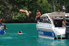 City tours,Activities,Activities,Theme tours,Water activities,Water activities,Sports,Sports,