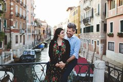 Emotions in Venice, spontaneous photo shoot