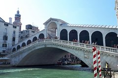 Private tour to Venice. Pick up from your hotel